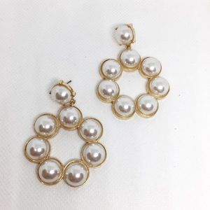 NWT Anthropologie Pearl Gold Hoop Earrings